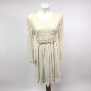 Vintage 80s Lace accordion formal wedding dress